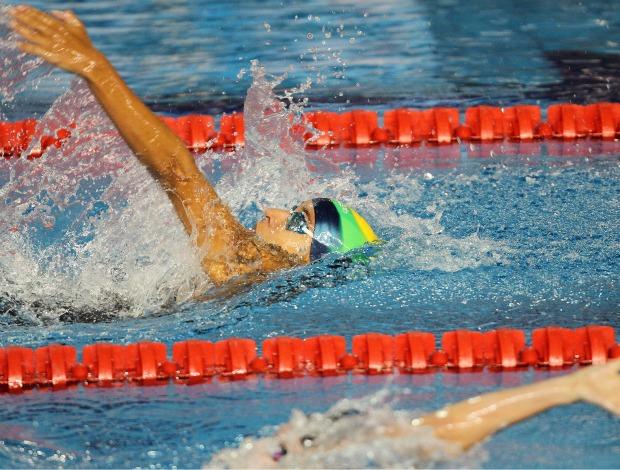 Joanna Maranhão larga na frente, mas leva o bronze nos 200m medley
