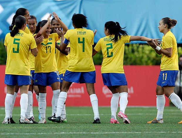Debora de Oliveira gol Brasil Pan Guadalajara (Foto: Reuters)