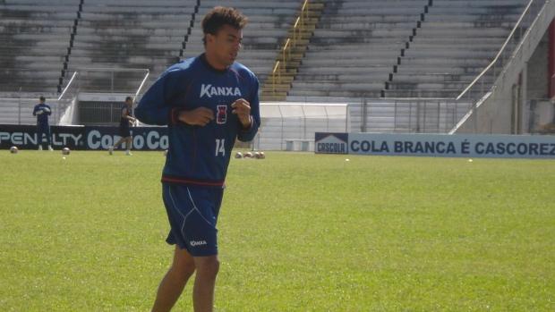 Zé Carlos, goleiro do Paraná Clube (Foto: Fernando Freire/GLOBOESPORTE.COM)