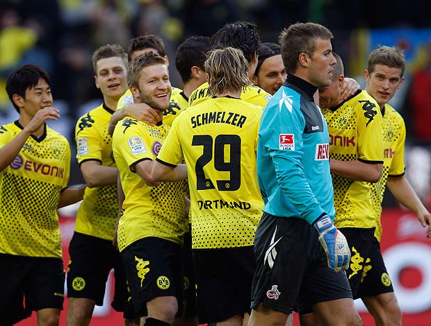 jogadores borussia dortmund gol colonia (Foto: Agência Reuters)