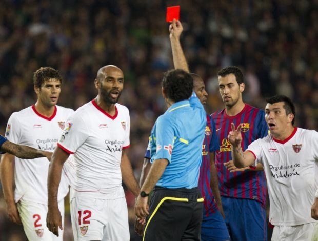 Kanouté expulso Barcelona Sevilla (Foto: Agência EFE)