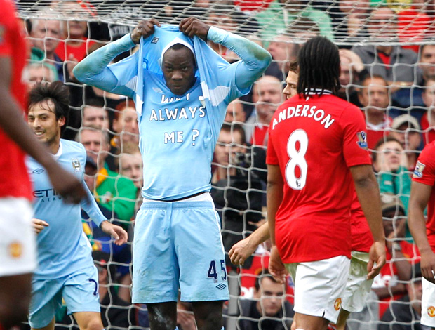 balotelli manchester city gol manchester united (Foto: Agência Reuters)