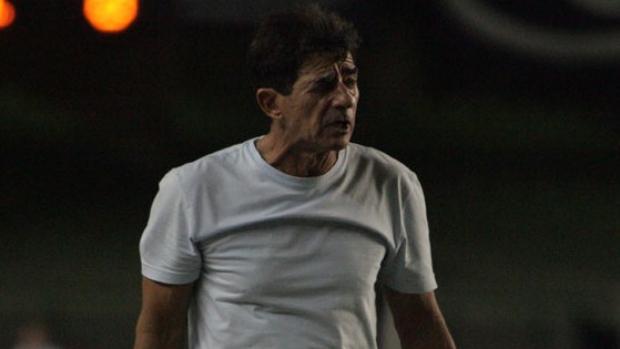 Dimas FIlgueiras, técnico do Ceará (Foto: Divulgação/Ceará)