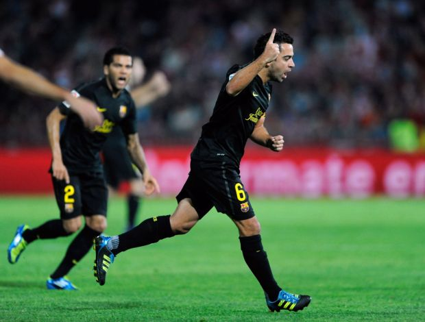 Xavi comemoração Barcelona Granada (Foto: Getty Images)