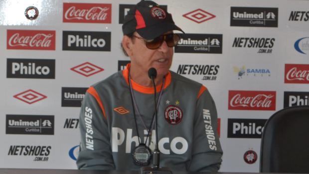 Antônio Lopes, técnico do Atlético-PR (Foto: Jairton Conceição/RPC TV)