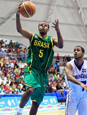 Wellington Santos - Basquete - Brasil x Republica Dominicana (Foto: Agência Reuters)