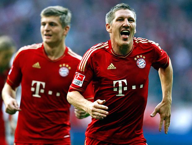 Schweinsteiger bayern de munique gol Nuremberg (Foto: Agência Reuters)