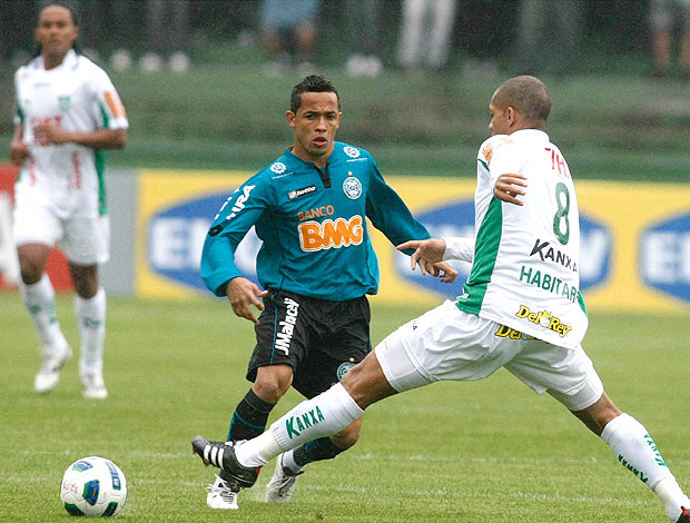 Rafinha no jogo do Coritiba contra o América-MG (Foto: Futura Press)