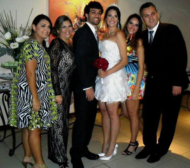 Casamento de Felipinho, armador do Vila Velha Basquete (Foto: Reprodução/Facebook)