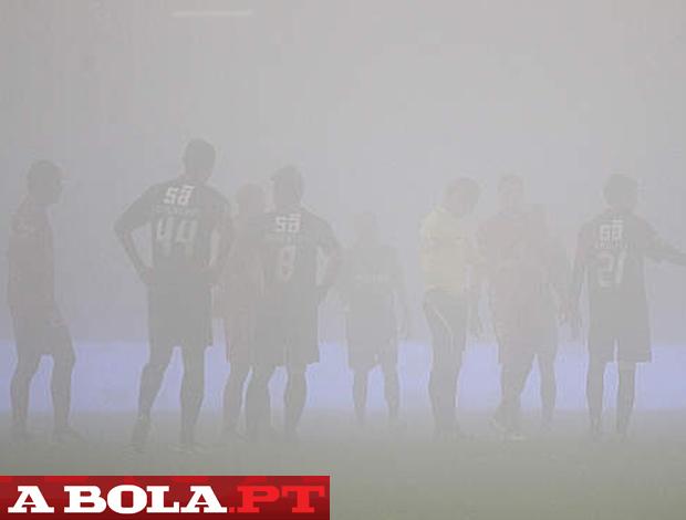 Gil vicente x Marítimo nevoeiro nevoa (Foto: Reprodução / A Bola)