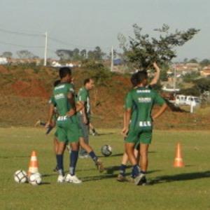 Verdinho treina em Uberlândia para o Mineiro de Juniores  (Foto: Cássio Machado - Ascom UEC)