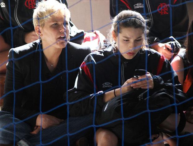 Xuxa vai torcer por sasha em jogo de volei do flamengo (Foto: Geraldo Bubniak/Agência Estado)