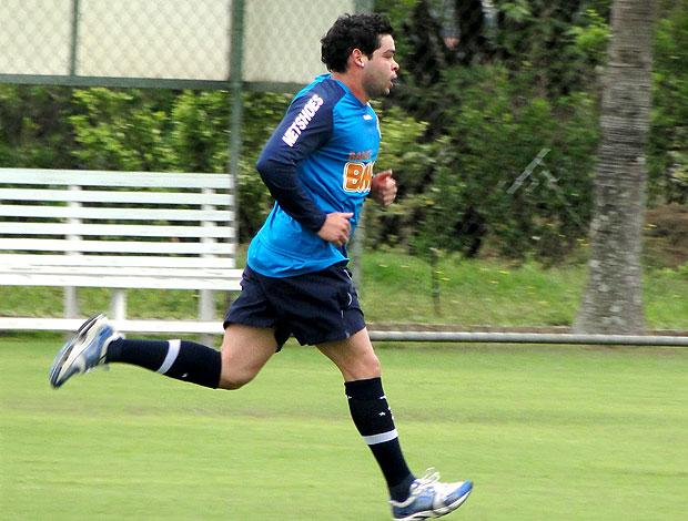 Kerlon no treino do Cruzeiro (Foto: Lucas Catta Prêta / GLOBOESPORTE.COM)
