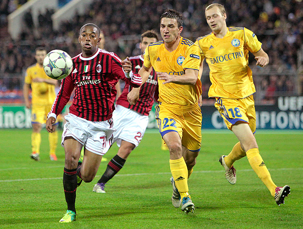 Robinho - Bate x Milan (Foto: Reuters)