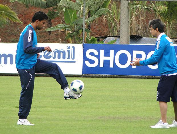 Wallyson no treino do Cruzeiro (Foto: Lucas Catta Prêta / GLOBOESPORTE.COM)