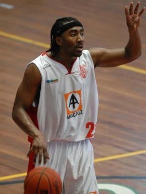 Basquete Laurence Young  (Foto: Divulgação)