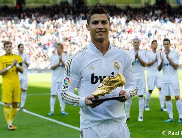 Cristiano Ronaldo Chuteira de Ouro Real Madrid (Foto: Divulgação / Real Madrid)
