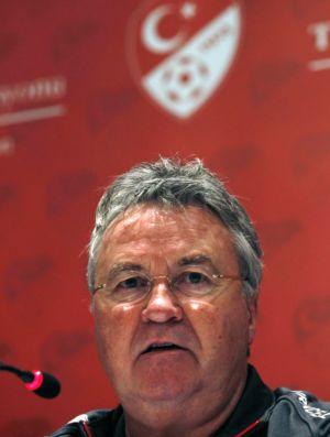 Guus Hiddink técnico Turquia (Foto: Reuters)