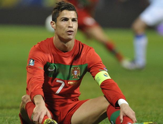Cristiano Ronaldo, Bosnia x Portugal (Foto: AFP)