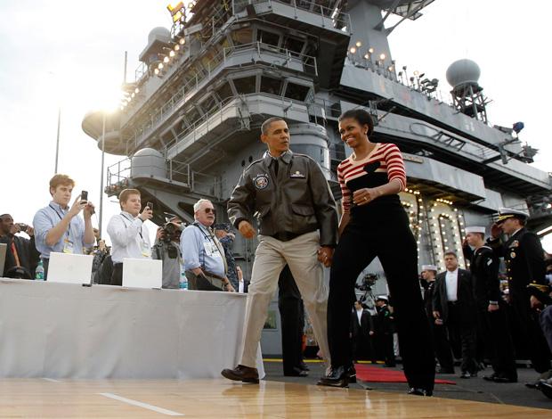 Obama em jogo de Basquete em Navio (Foto: AP)