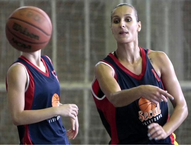 Basquete feminino olimpíadas escolares (Foto: COB)