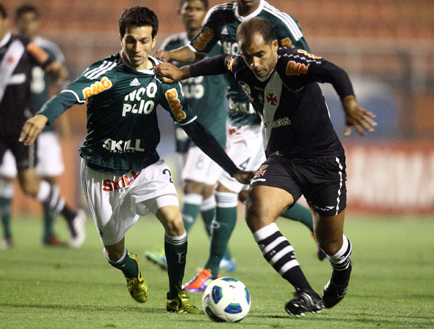 Cicinho e Felipe, Palmeiras x Vasco (Foto: Sergio Neves/Agência Estado)