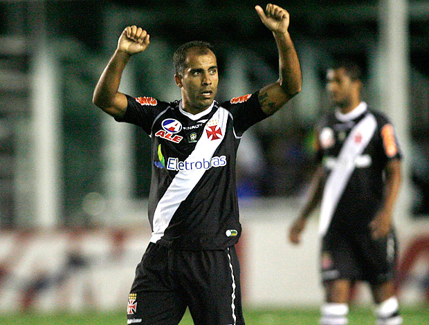 felipe vasco gol ava&#237; (Foto: Maur&#237;cio Val / Fotocom.net)