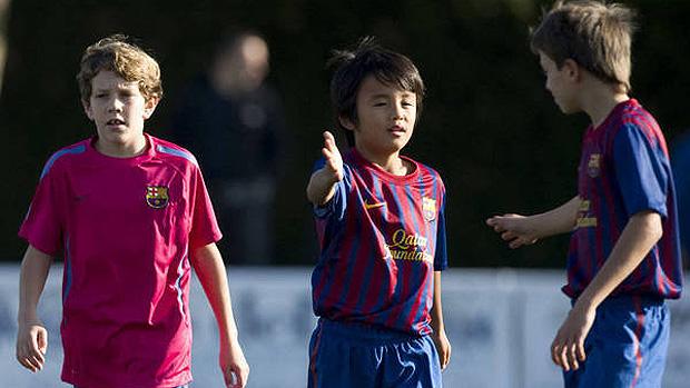 Takefusa Kubo, da base do Barcelona, visto como o Messi japonês (Foto: Divulgação)