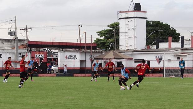 Treino do Sport em Goiânia (Foto: Elton de Castro / GloboEsporte.com)