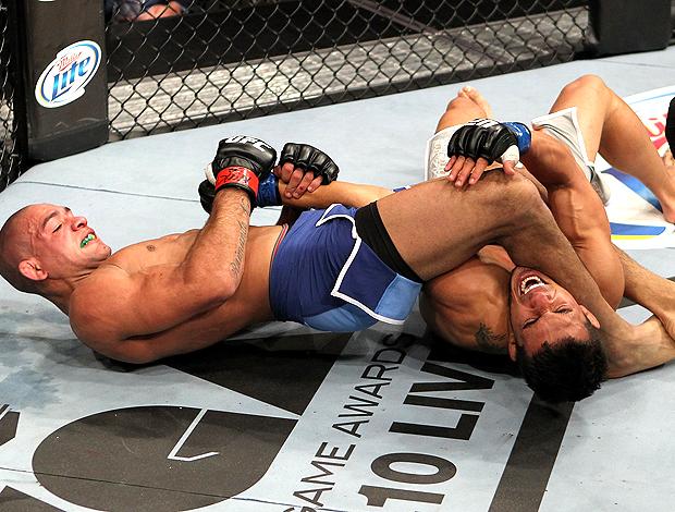 ultimate fight 14 Diego Brandao Dennis Bermudez (Foto: Agência Getty Images)