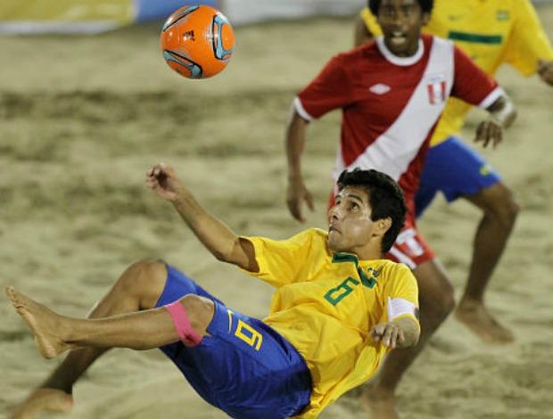 Brasil atropela sele o peruana na estreia pelo sul for Oficina 2904 la caixa