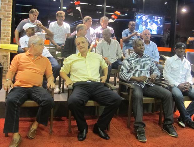 Os campeões de 1981 se reúnem para talk show