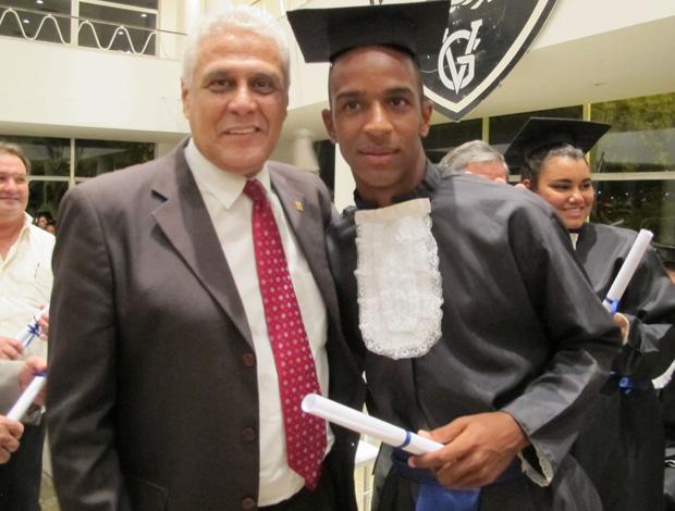 Roberto Dinamite e Waldir, dos juvenis do Vasco (Foto: Gustavo Rotstein/Globoesporte.com)