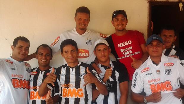 Familiares e amigos de Durval comemoram classificação do Santos para a final do Mundial (Foto: Divulgação/ Arquivo Pessoal)