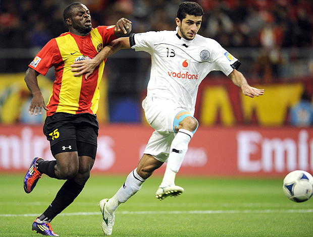 Jogador do Al Saad Ibrahim Abdulmajed (Foto: EFE)