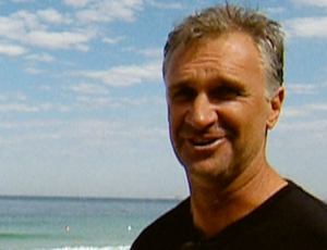 FRAME - Barton Lynch, campeão mundial de surfe de 1988 (Foto: Reprodução SporTV)