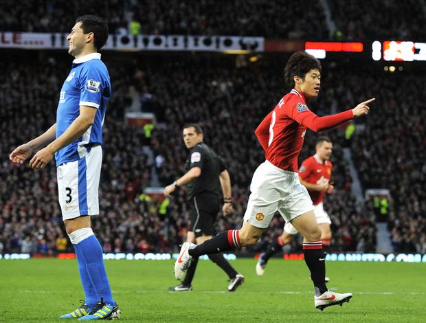 Park Ji-Sung manchester united gol wigan (Foto: Agência Reuters)