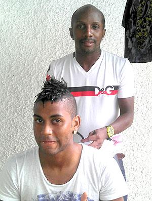 Muralha do Flamengo adota novo corte de cabelo (Foto: Janir Junior / GLOBOESPORTE.COM)