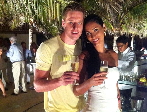 Murilo e Jaqueline passam o reveillon em Fortaleza (Foto: Reprodução / Twitter)