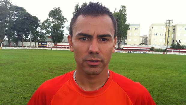 Novo atacante, Diego Perão (Foto: Luiz Vieira/GLOBOESPORTE.COM)