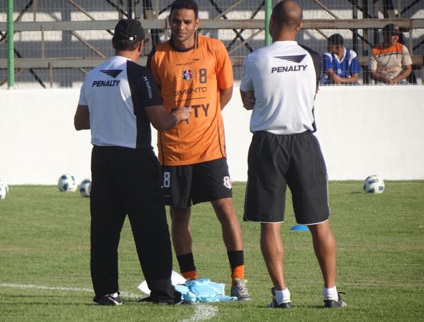 Denis Marques, atacante do Santa Cruz (Foto: Terni Castro / GloboEsporte.com)