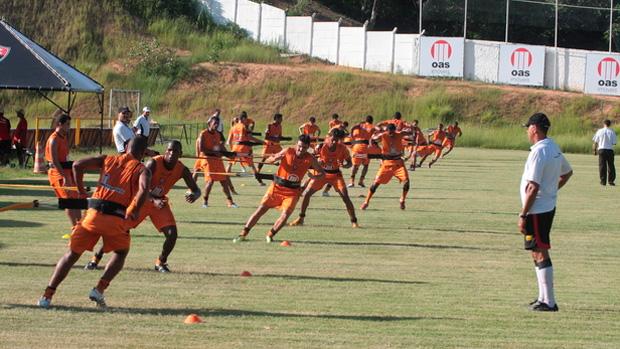 Vitória treina (Foto: Divulgação/ Site oficial)