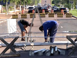 Vias serão interditadas para montagem da estrutura de transmissão (Foto: Reprodução/TVCA)