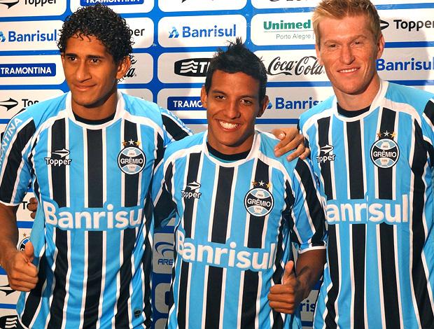 Pablo Felipe Nunes Douglas Grolli grêmio  (Foto: Eduardo cecconi / Globoesporte.com)