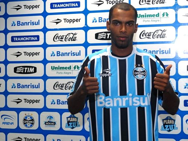 Naldo reforço do Grêmio zagueiro (Foto: Eduardo Cecconi/Globoesporte.com)