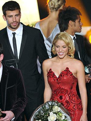 Shakira e Piqué na premiação da FIFA  (Foto: AFP)