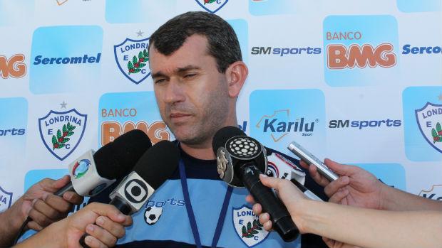 Claudio Tencatti, técnico do Londrina (Foto: Divulgação/Londrina Esporte Clube)