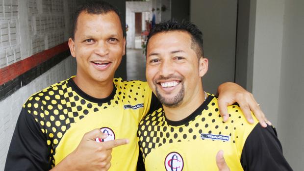 Warley e Marquinhos Marabá, atacantes do Campinense (Foto: Magnus Menezes / Jornal da Paraíba)