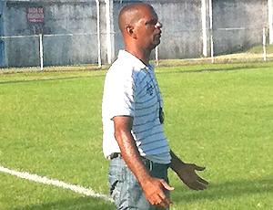 Brasília, técnico do Espírito Santo de Anchieta (Foto: Sidney Magno Novo/Globoesporte.com)