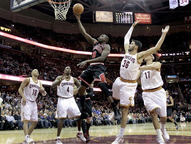 NBA Chicago Bulls x Cleveland Cavaliers Luol Deng (Foto: AP)